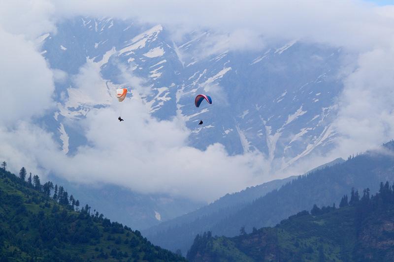 Paragliding Manali Solang Valley